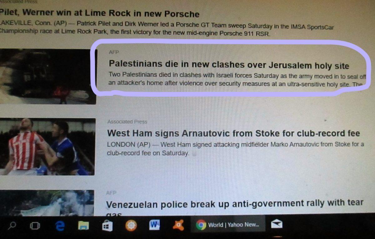 headlines on YahooNews